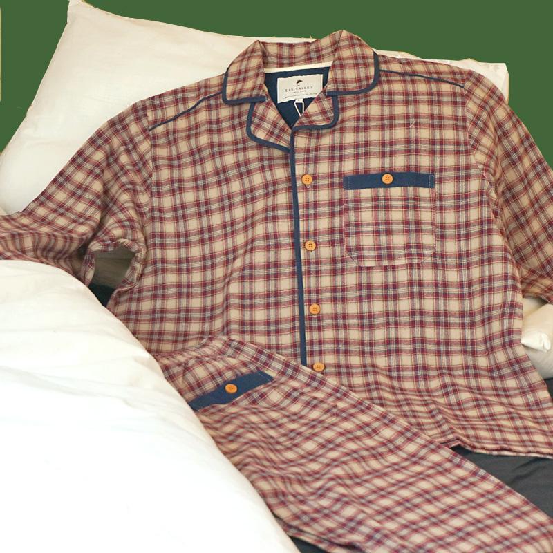 Flanell-Pyjama im irischen Country-Stil