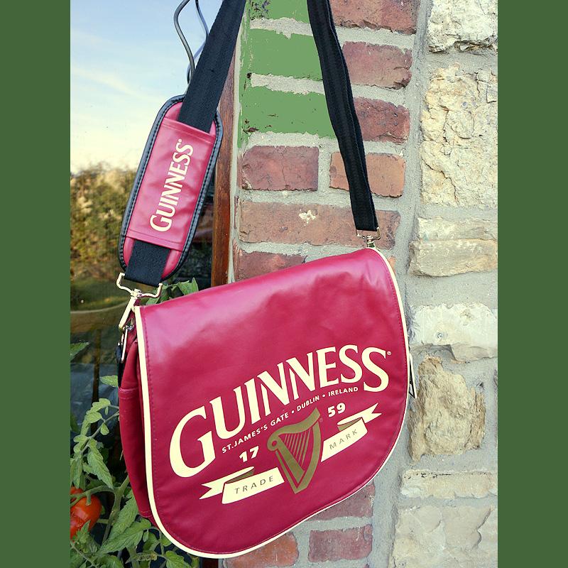 Messenger bag von Guinness aus Irland